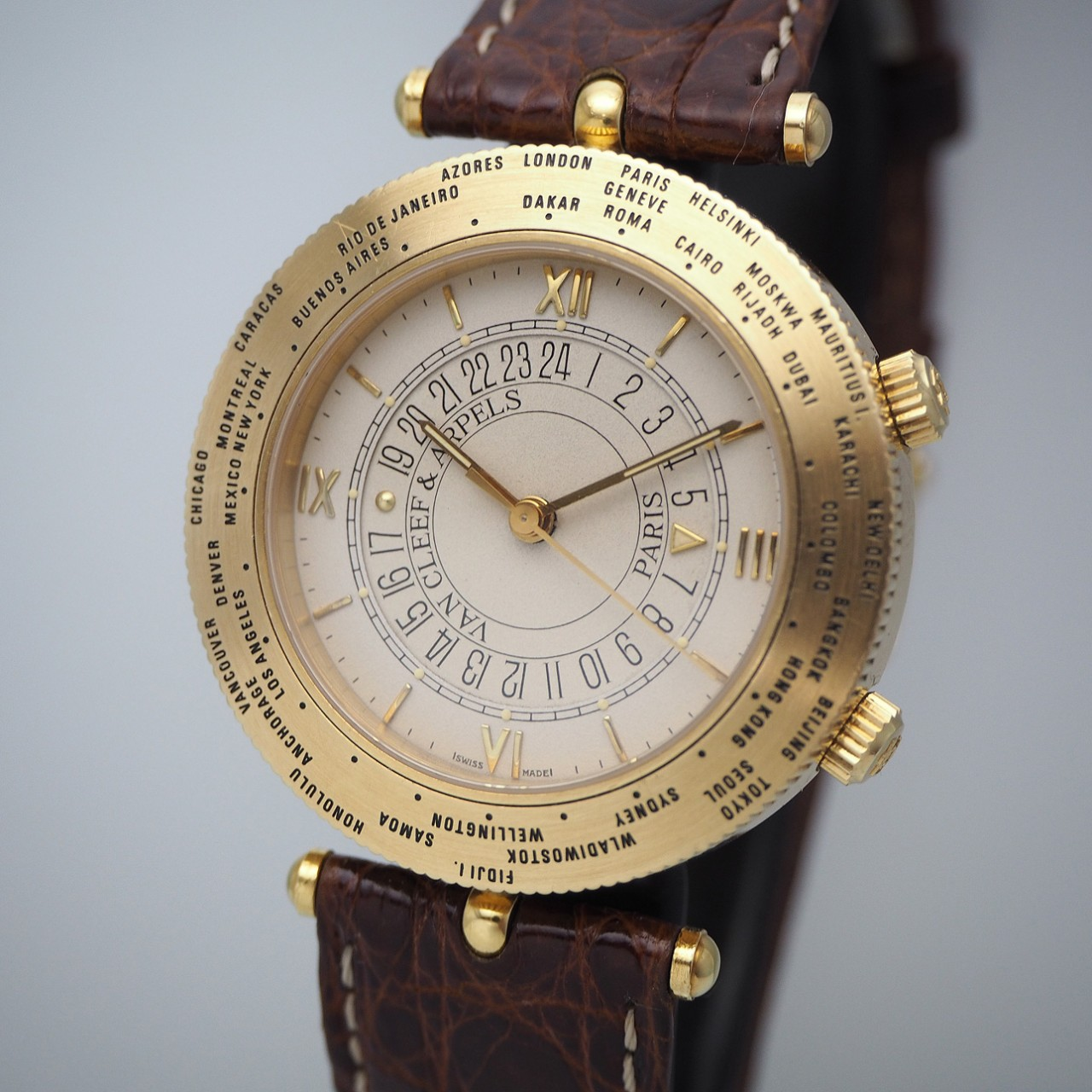 Van Cleef & Arpels Traveler Worldtime/ Reveil Gold 18k/750, orig.Box